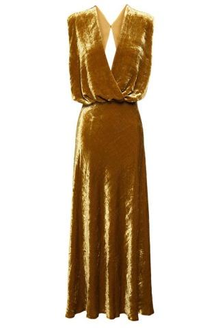 Vestido largo de color ocre dorado de A.W.A.K.E para
